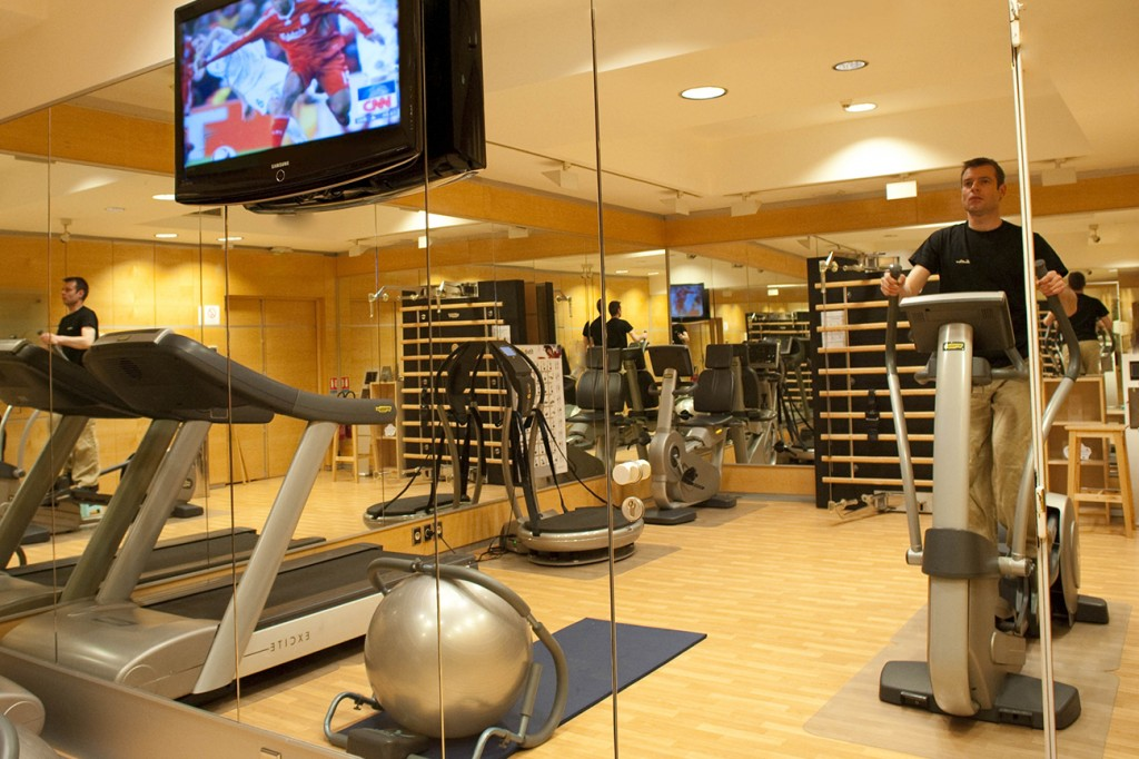 Fitness Room Hotel La Perle St Germain Official Site